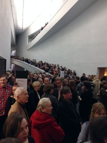 The Kiasma crowd packed like sardines © Eyes as Big as Plates